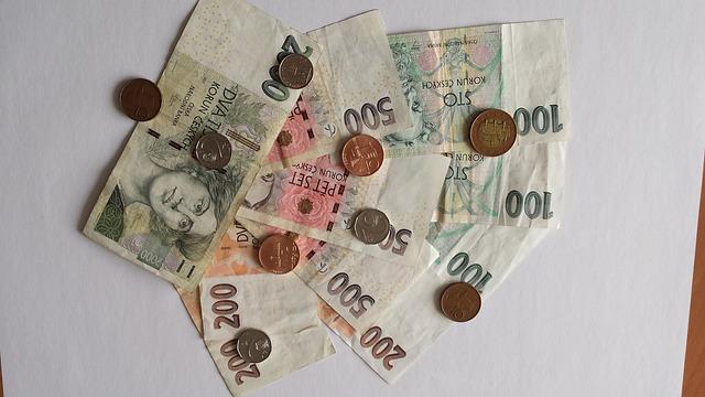 peníze na papíře